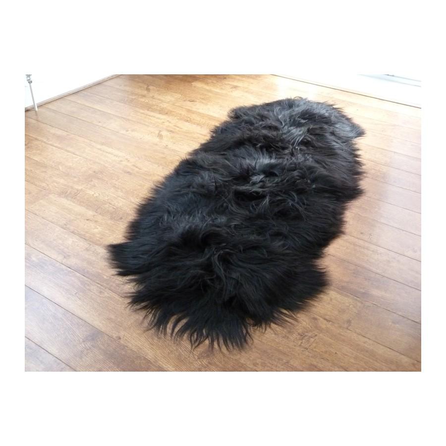 Musta lampaantalja, Icelandic x2, erikoispitkä, pitkä karva  Mattoshop fi by
